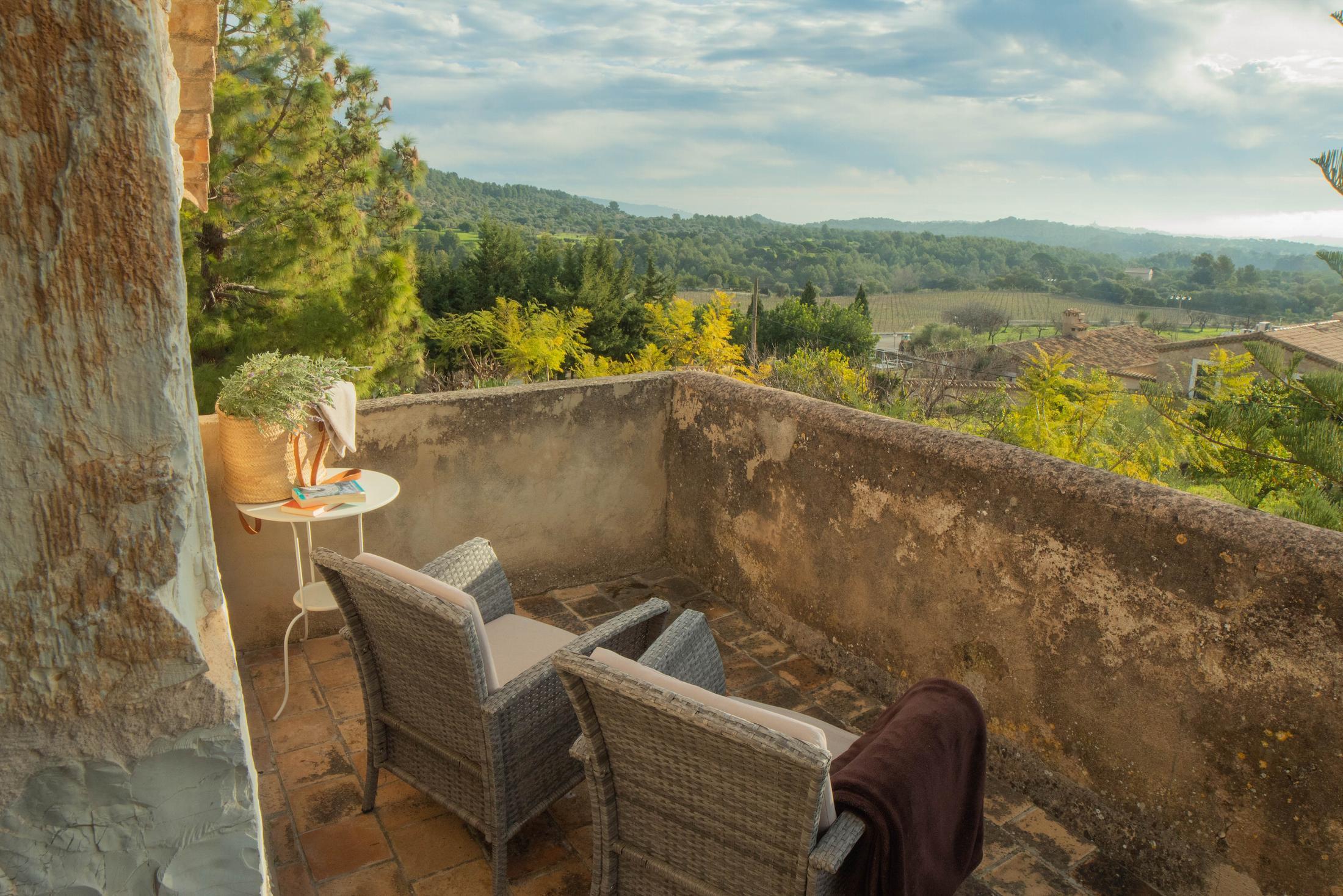 Terraza Junio Suite Can Beneit